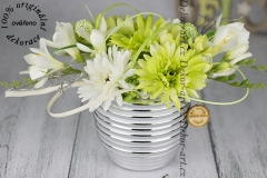 Dizajnová kvetová dekorácie s gerberami