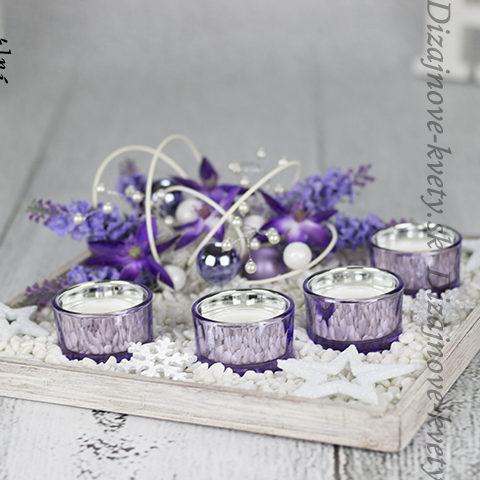 Vianočny svietnik na čajové sviečky.