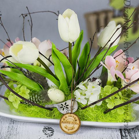 Exkluzívny kvetina na stôl či okno.