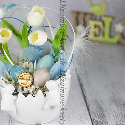 Bytová dekorácia pre jar a obdobie Veľkej noci.
