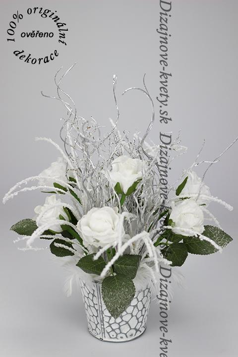 Anjelské zasnežené ružičky vianočná dekorácie s pierkami